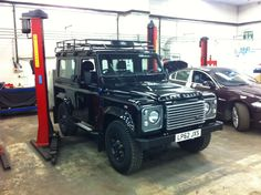Black landrover defender 90 - hope to have one like this one day :')