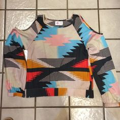 SoHo Chick SZ S shoulders open, nice! Navy, Aqua, pink/red/orange and white. Button on long sleeves. Sweet. SoHo Tops Blouses