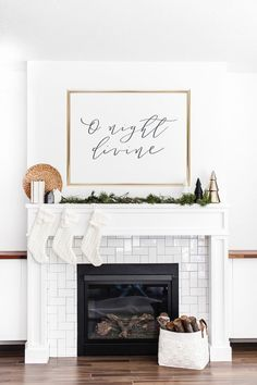 100 Indoor Minimalist Christmas Decorations » Lady Decluttered Bohemian Christmas, Modern Christmas Decor, Christmas Wall Art, Farmhouse Christmas Decor, Rustic Christmas, Christmas Home, Christmas Mantle Decorations, Christmas Signs, Tv Stand Christmas Decor