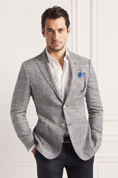 David Gandy for Massimo Dutti's NYC lookbook A natural look that works fine for the office and for a party after work, and the new classic style of putting your sunglasses in your pocket