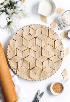 Apple Pie Recipe Easy, Apple Dessert Recipes, Tart Recipes, Apple Pie Crust, Pie Decoration, Decorations, Pie Crust Designs, Pies Art, Holiday Pies