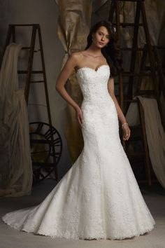Mori Lee - Blu    TAGS:Embroidered, Fishtail, Floor-length, Strapless, Train, White, Mori Lee, Lace, Retro (Vintage)