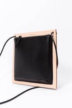 Frame Bag in Black and Tan