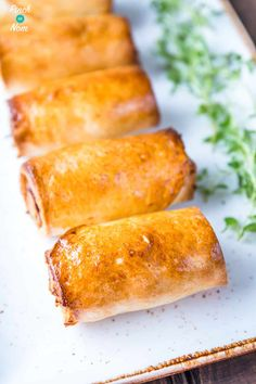 These Slimming World Syn Free Sausage Rolls are perfect for anything, a snack, party or lunch! Slimming World Meal Prep, Slimming World Sausages, Slimming World Lunch Ideas, Slimming World Fakeaway, Slimming World Free, Slimming World Recipes Syn Free, Slimming Workd, Slimming Eats, Healthy Eating Recipes