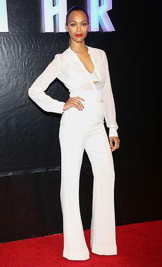 Zoe Saldana, con pantalones anchos, tipo palazzo