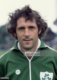 468905596-don-givens-of-the-republic-of-ireland-circa-gettyimages.jpg (423×594)