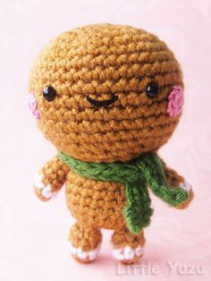 Cute crocheted gingerbread man - no pattern :(