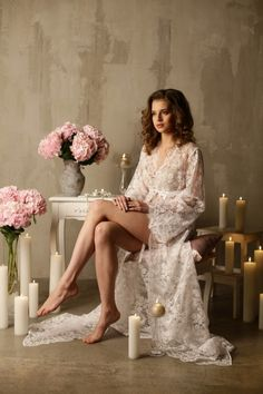 Long Lace Bridal Robe. Apilat lingerie.