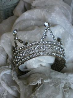 Tiara from the Paris Opera Ballet found by Shirley of Simply-Chateau and Tartelettte (Tartelette blog) at a French brocante. September 2011.