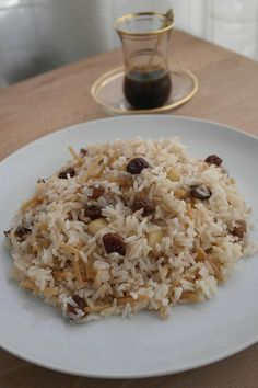 How to prepare Arab rice. Peruvian Dishes, Peruvian Cuisine, Peruvian Recipes, Rice Recipes, Asian Recipes, Cooking Recipes, Healthy Recipes, Venezuelan Food, Arabian Food