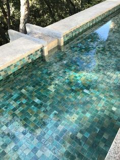 Having a pool sounds awesome especially if you are working with the best backyard pool landscaping ideas there is. How you design a proper backyard with a pool matters. Luxury Swimming Pools, Cool Swimming Pools, Best Swimming, Swimming Pool Designs, Cool Pools, Cheap Pool, Backyard Pool Landscaping, Plunge Pool, Contemporary Garden