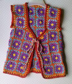 gotta figure out how to make those half squares. : gotta figure out how to make those half squares… hmmm anybody? Crochet Bolero, Crochet Coat, Crochet Clothes, Crochet Vests, Crochet Squares, Crochet Granny, Crochet Baby, Granny Squares, Mode Crochet