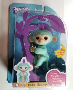 Fingerlings Baby Monkey Zoe Interactive Girl Boy Toy 5+ Green WowWee Motion   #WowWee