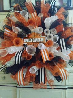 Most up-to-date Images Harley Harley Davidson wreaths black orange motorcycle deco mesh DIY home deco Style Holders are chosen for decorative purposes as well as can be used functionally for regulatory or obt Home Decor Baskets, Different Holidays, Basket Raffle, Diy Wreath, Wreath Ideas, School Colors, Deco Mesh Wreaths, Kids Playing, Harley Davidson