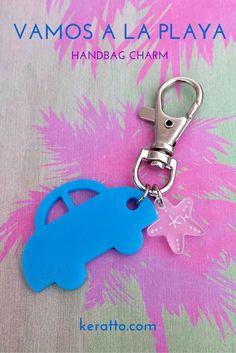 Charm para bolso con carro y estrella de mar #keratto #charm #bolso #acrilico #carro #azul #estrella #mar #playa