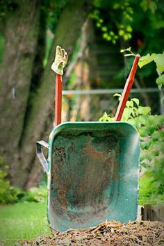 The Gardener 👨🌾 Has Tools That Make His Work In, The Garden, Much Easier.