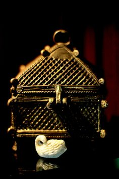 Jewellery box and a tanpura swan | Flickr - Photo Sharing!  Photograph credits belong to Suhael Choudhury and any representation of this capture needs permission of the photographer