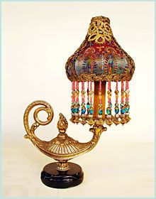 Aladdin lamp...exquisite...wow!   (marked: sold)  :(