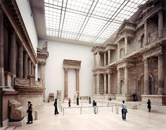European Architecture — Thomas Struth - Pergamon Museum, Berlin, 2001