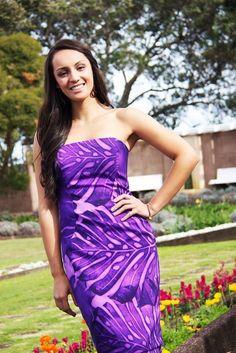 Penina Maree Paeu wins Miss World Samoa Island Wear, Island Outfit, Samoan Women, Little Girl Dresses, Girls Dresses, Samoan Dress, Polynesian Dresses, Hawaiian Dresses, Hawaiian Outfits