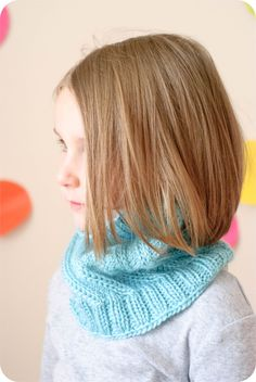 The Graham Twist Cowl PDF Pattern - pinned by pin4etsy.com
