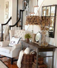 Gorgeous 60 Modern Farmhouse Living Room Decor Ideas https://homeastern.com/2018/02/01/60-modern-farmhouse-living-room-decor-ideas/