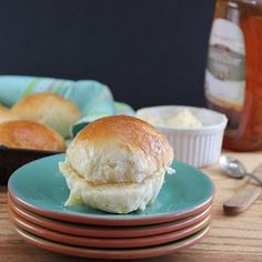 So you think you have no time to bake homemade dinner rolls? We think this recipe will change your mind! The dough is prepared before going to bed and rises slowly in a cold refrigerator. All you have to do the next day is shape, rise and bake!.Recipe link's in our profile 👉@redstaryeast OR find it on our website at http://redstaryeast.com/rich-refrigerator-rolls/.📷Tag us! #redstaryeast.😋Happy baking!😋