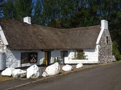 CrossKeys Inn, Ardnaglass, Northern Ireland - Irelands Oldest Thatched Pub