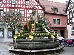 Osterbrunnen in  Pottenstein