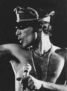 255 Best Freddie Mercury Images In 2019 Queen Freddie Mercury