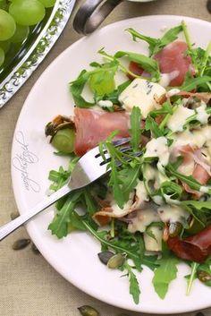 sałatka z szynka parmenska Appetizer Recipes, Salad Recipes, Diet Recipes, Cooking Recipes, Healthy Recipes, Fast Healthy Meals, Healthy Eating, Ensalada Thai, I Love Food