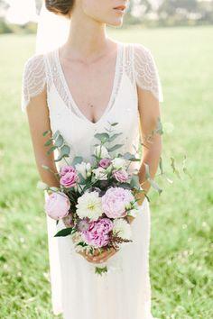 Garden bouquet: http://www.stylemepretty.com/destination-weddings/2014/10/28/boho-chic-netherlands-wedding-at-het-reirinck/   Photography: Youri Claessens - http://fotograafbruiloften.nl/