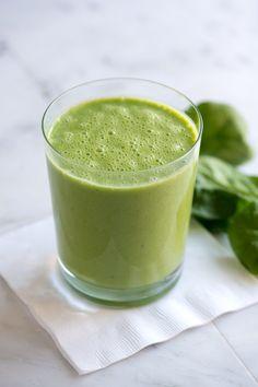 Dag 10 Detox to the Max We kunnen maar geen genoeg krijgen van de groene juices! Heerlijk om deze dag mee te beginnen. De twee groene krachtpatsers (appels!) zorgen voor het frisse smaakje! Ingrediënten 2 appels (granny smith) handvol boerenkool handvol spinazie handvol peterselie 1 komkommer ½ citroen (geschild, het wit er nog aan) Juice […]