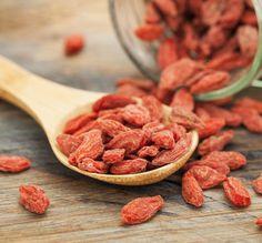 Un piccolo frutto, un mondo di benefici  #goji #berries #gojiberries #wellness #food #berries #fruttaebacche