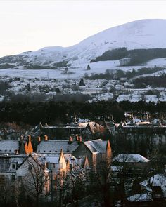 Edinburgh and its surroundings