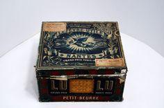 BOITE LU TOLE & PAPIER petit-beurre 17 paquets de 12 mi XXe