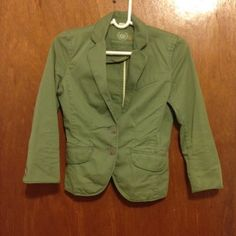 Green J Crew blazer Green blazer. Three quarters sleeve, two buttons in front. Love it but it no longer fits me. In great condition J. Crew Jackets & Coats Blazers