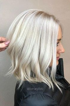 Ice Blonde Sleek Straight Hairstyles for 2020 Platinum Blonde Bleach and tone Aline Lob Haircut Ice Blonde Hair, Icy Blonde, Blonde Color, Blonde Balayage, Short Blonde, Short Platinum Blonde Hair, Short Balayage, Bleached Blonde Hair, Healthy Blonde Hair