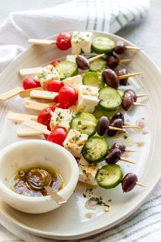 Easy Summer Appetizers - quick, easy to make and inexpensive appetizer recipes and ideas for a low-key, seasonal party or celebration at home! #summer #grilling #appetizers #easyappetizers #food #recipes