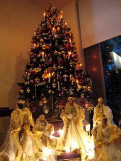 Beautiful Use Of Nativity With The Christmas Tree Xmas Trees