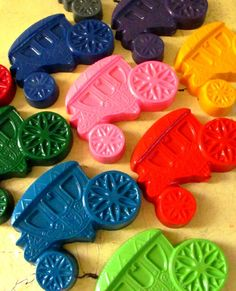 Crayon party favours