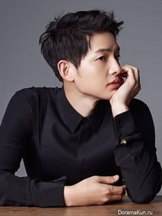 Image uploaded by ♕ Sɱяι†ι ♕. Find images and videos about kdrama, song joong ki and songjoongki on We Heart It - the app to get lost in what you love. Song Hye Kyo, Song Joong Ki, Park Hae Jin, Park Seo Joon, Korean Celebrities, Korean Actors, Korean Dramas, Celebs, Park Bogum