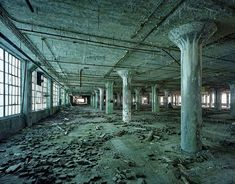 ruins-of-detroit_marchand-and-meffre_17 - TheCoolist - The Modern Design Lifestyle Magazine