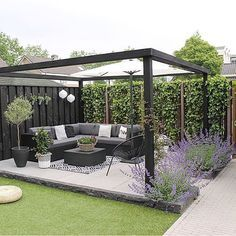 Amazing Modern Pergola Patio Ideas for Minimalist House. Many good homes of classical, modern, and minimalist designs add a modern pergola patio or canopy to beautify the home. In addition to the installa. Backyard Patio Designs, Small Backyard Landscaping, Diy Patio, Pergola Patio, Modern Pergola, Backyard Ideas, Back Yard Patio Ideas, Garden Decking Ideas, Corner Patio Ideas