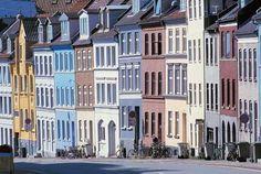 Gamle huse i gade - Århus. Fotograf: Thomas Nykrog - Danmarks Turistråd