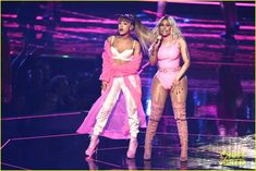 Ariana Grande & Nicki Minaj: MTV VMAs 2016 Performance of 'Side to Side'…