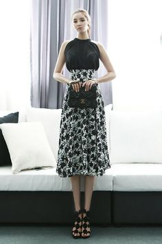 Holter Blouse  black blouse summer blouse dint 딘트 style fashion
