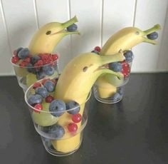 FUN way to serve fresh fruit