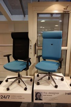 Elite i-Sit Chair in showroom