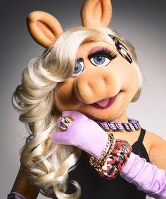 A very modern Miss Piggy.